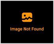 Tanushree Dutta in bikini top and denim shorts. from tanu see chat bhojpuri sex bur tanushree chatterjee